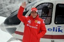 Fernando Alonso braves the elements