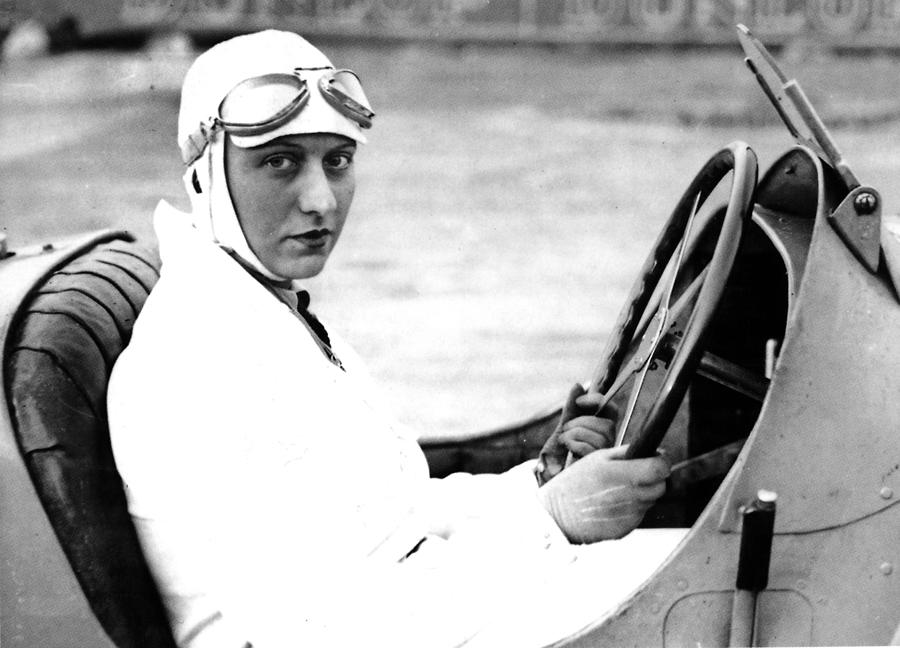 Helle Nice in her Bugatti 35 C