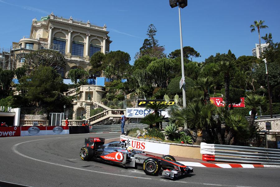 10140 - Hamilton: 'The car feels amazing'