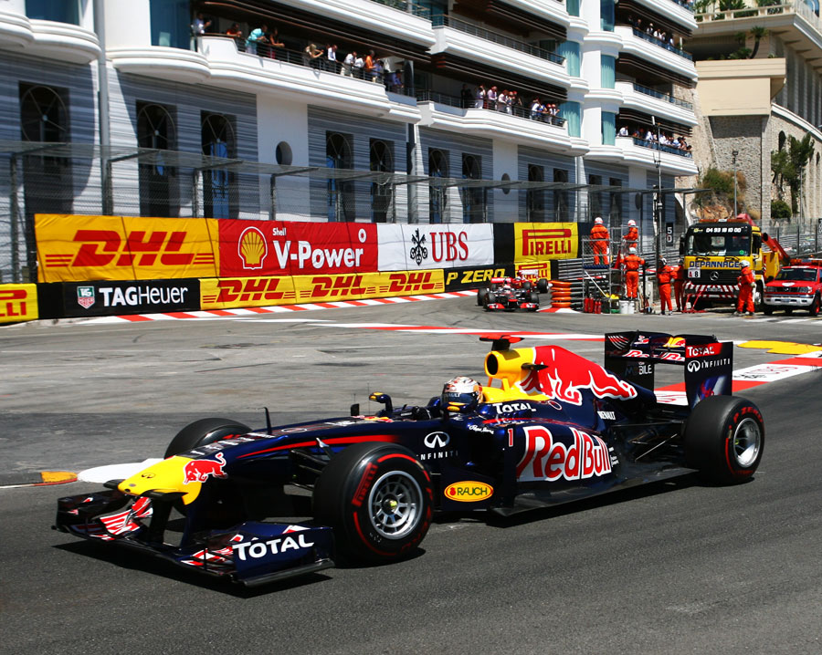 Sebastian Vettel leads through the Nouvelle Chicane
