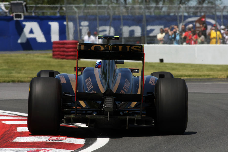 10434 - Renault targets big three in qualifying with DRS
