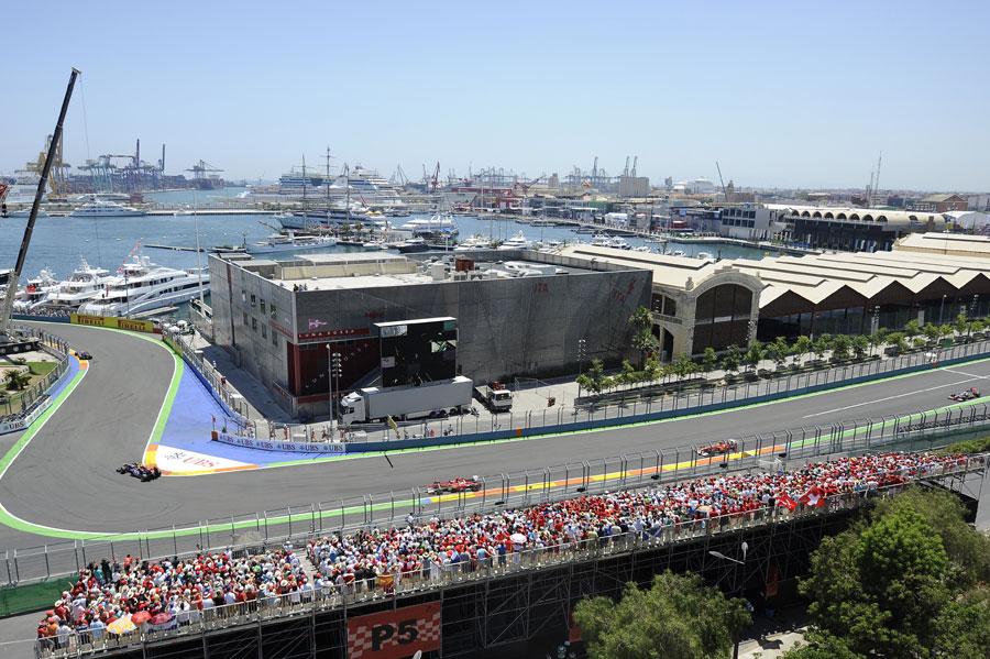 10718 - Doubts over Valencia future
