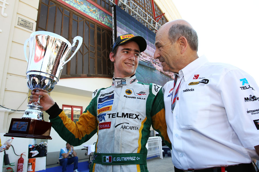Esteban Gutierrez celebrates his sprint race victory with Peter Sauber