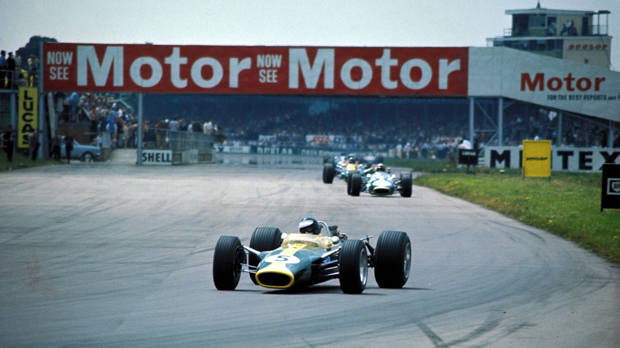 Jim Clark leads in to Copse on his way to victory