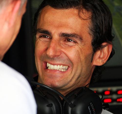 Pedro de la Rosa shares a joke with Martin Whitmarsh