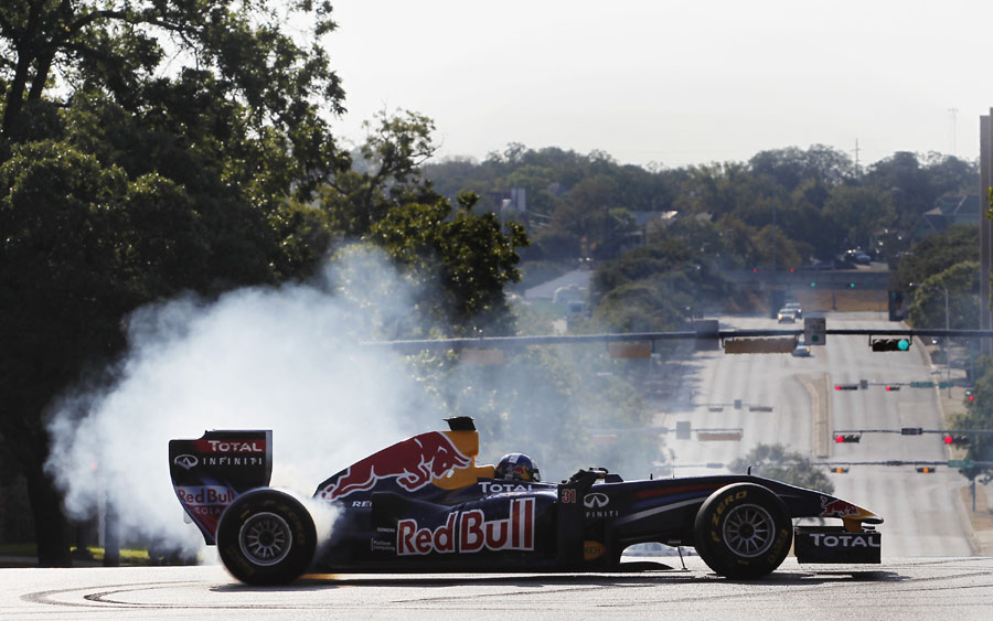 David Coulthard puts the Red Bull show car through its paces in front of the Texas Capitol building in Austin