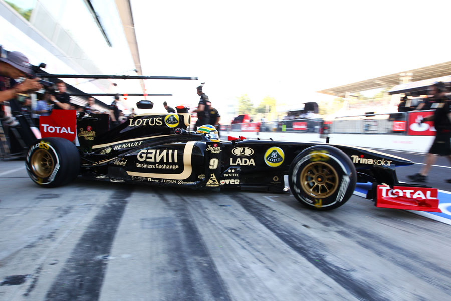 11635 - Senna open to reserve driver role in 2012