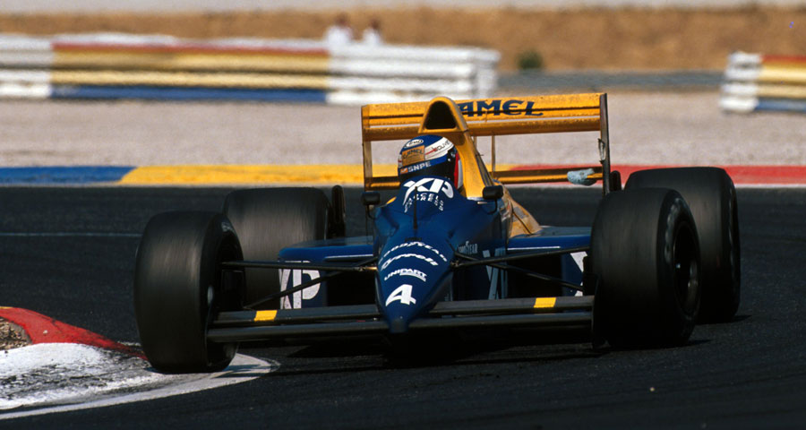 Jean Alesi on his way to fourth place in the Tyrrell on his debut