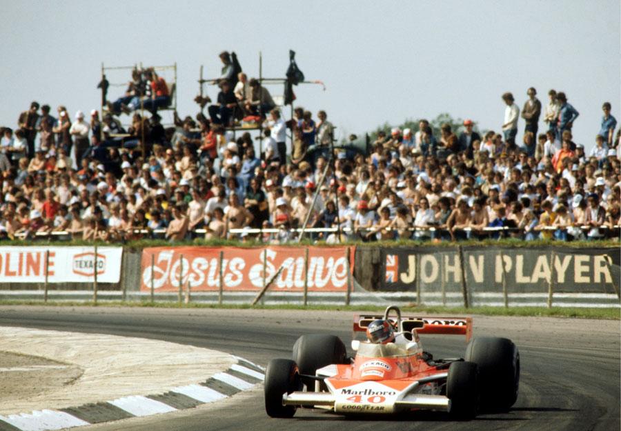 Gilles Villeneuve qualified ninth on his debut