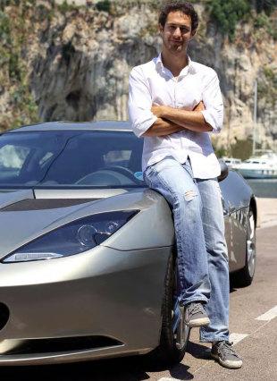 photo of Bruno Senna Lotus Evora - car
