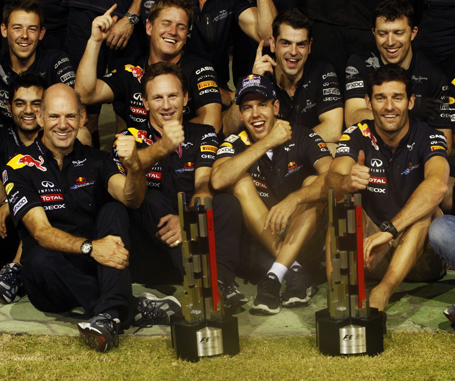 Red Bull celebrates its 1-3 result in the Singapore paddock