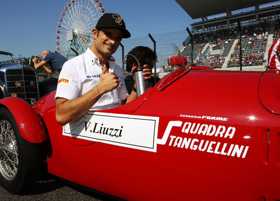 Tonio Liuzzi gets ready for the drivers' parade