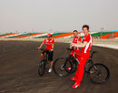 Felipe Massa cycles the Buddh circuit with race engineer Rob Smedley