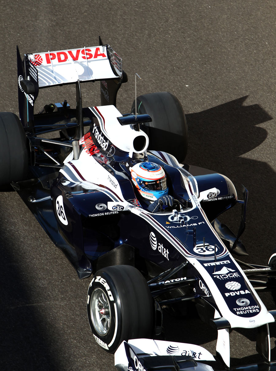 Valtteri Bottas heads out on track with the 2012-spec top-exiting exhausts on the Williams
