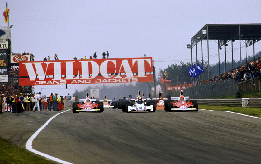 Niki Lauda (right) comes under pressure from Carlos Pace and team-mate Clay Regazzoni at the start