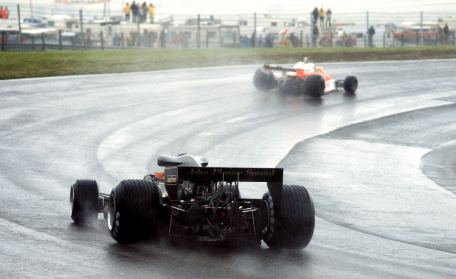 Mario Andretti chases down James Hunt