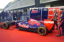 Toro Rosso drivers Jean-Eric Vergne and Daniel Ricciardo unveil the STR7
