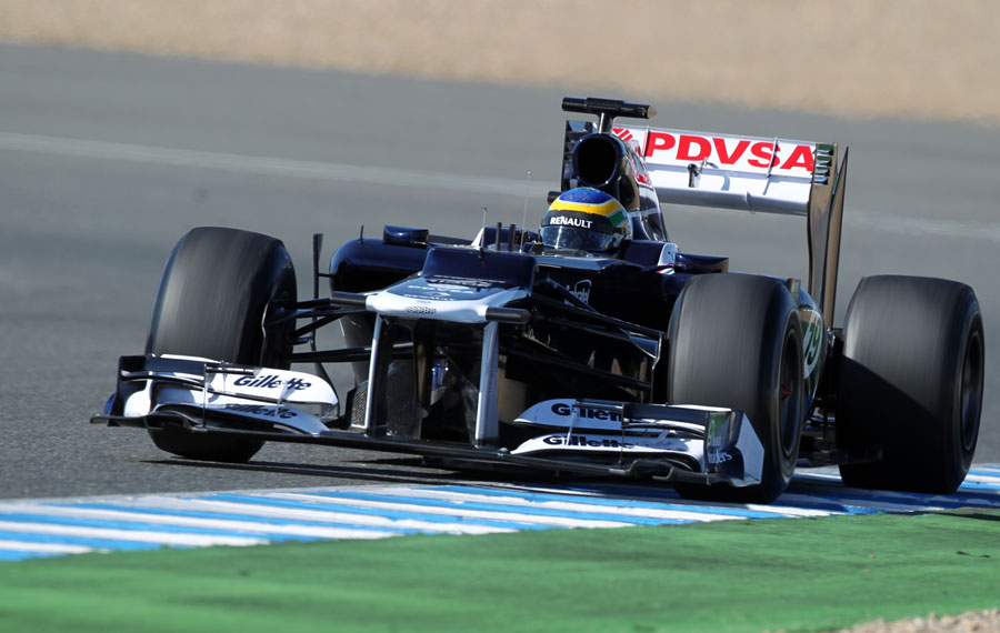 Bruno Senna uses all of the track in the FW34