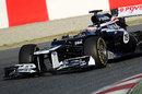 Valtteri Bottas aims for the apex in the Williams FW34