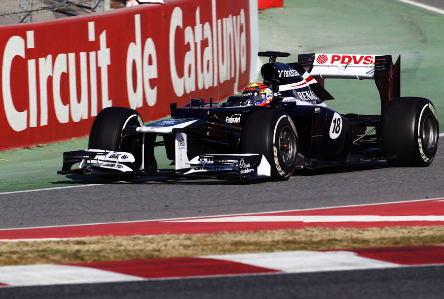Pastor Maldonado enters the pit lane