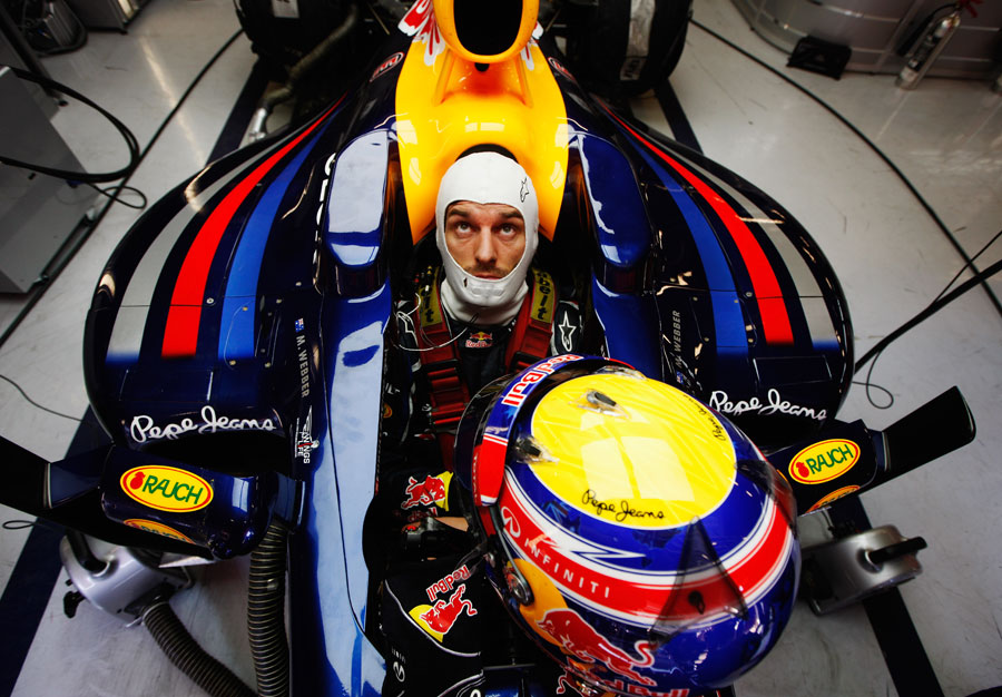 13619 - Red Bull progressing - Webber