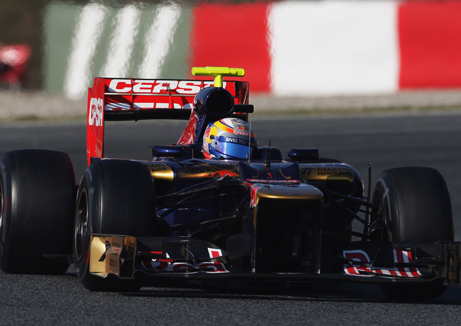 Jean-Eric Vergne at the wheel of the Toro Rosso STR7