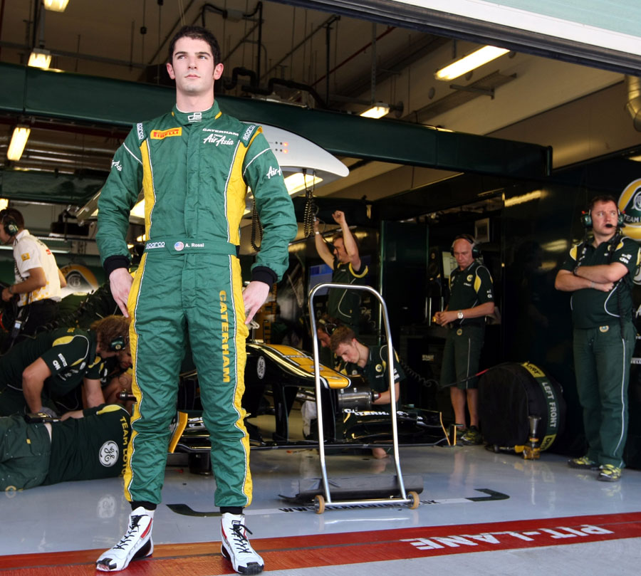 Alexander Rossi in the Caterham garage