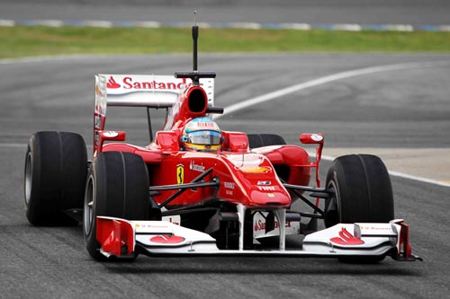 Fernando Alonso was first on track at Jerez
