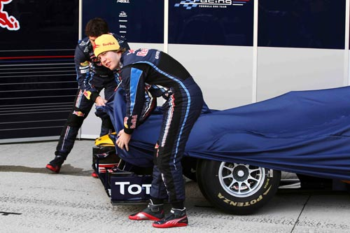 Sebastian Vettel and team-mate Mark Webber unveil the Red Bull Racing RB6