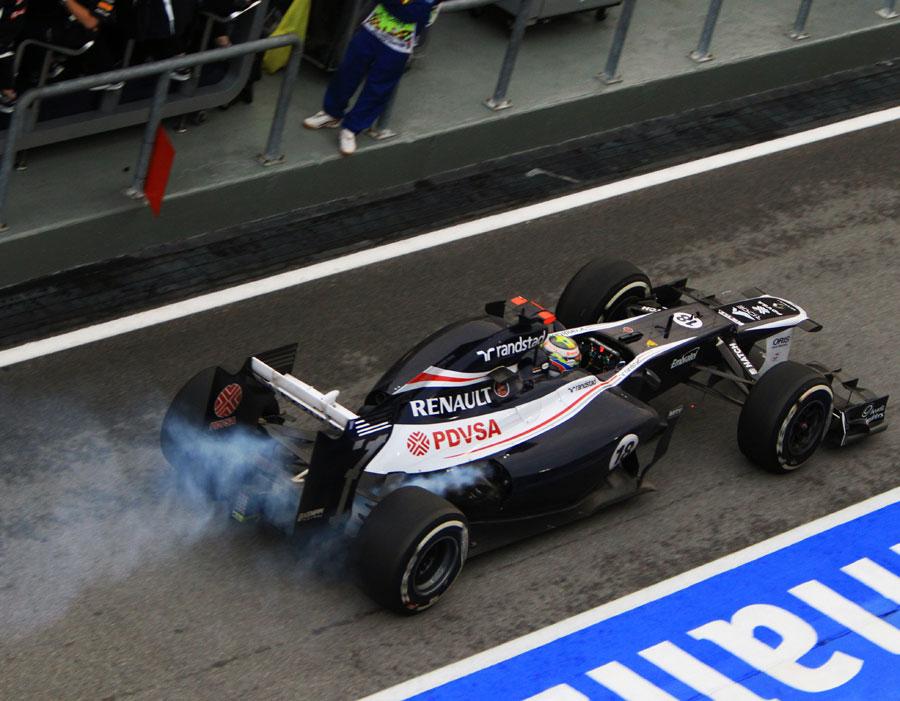 14119 - Renault explains Maldonado's engine failure