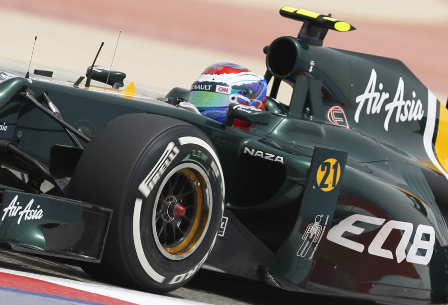 Vitaly Petrov on the brakes in the CT01