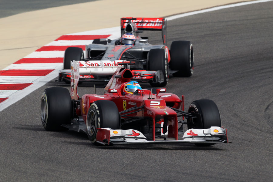 Fernando Alonso leads Jenson Button in to turn ten