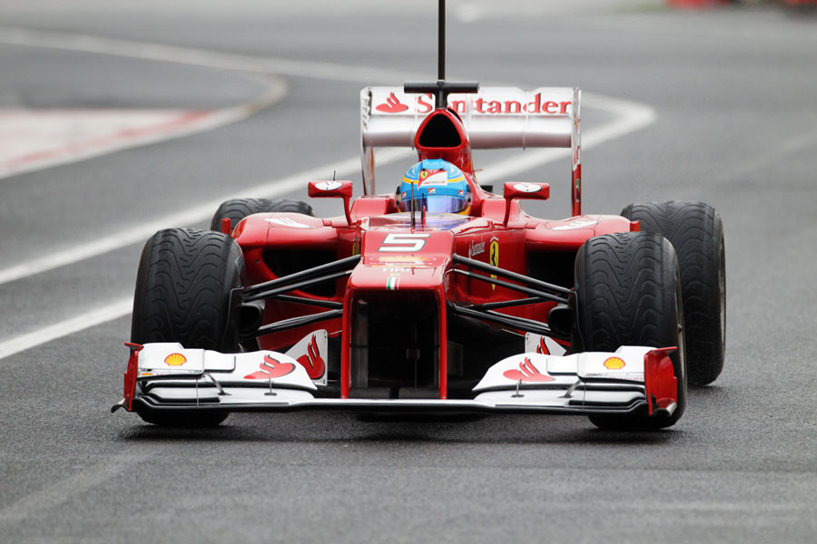 14435 - Alonso sets morning pace at Mugello