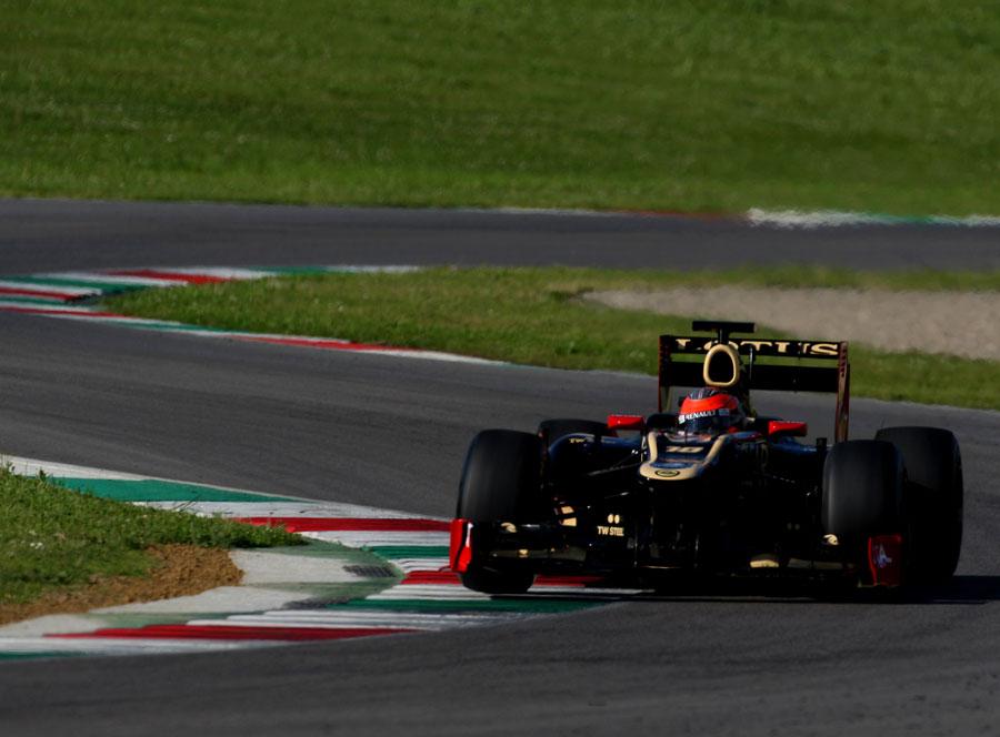 14494 - Grosjean targets Barcelona front row