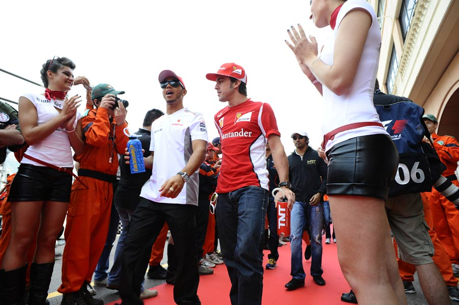 Lewis Hamilton and Fernando Alonso on the drivers' parade