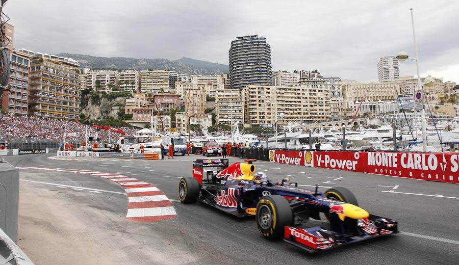 14832 - Fourth 'not disastrous', says Vettel