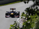Sebastian Vettel attacks the circuit with his DRS open