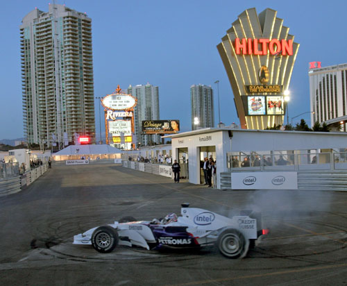 Bobby Rahal demonstrates a BMW Sauber