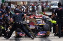 Daniel Ricciardo pits during FP2