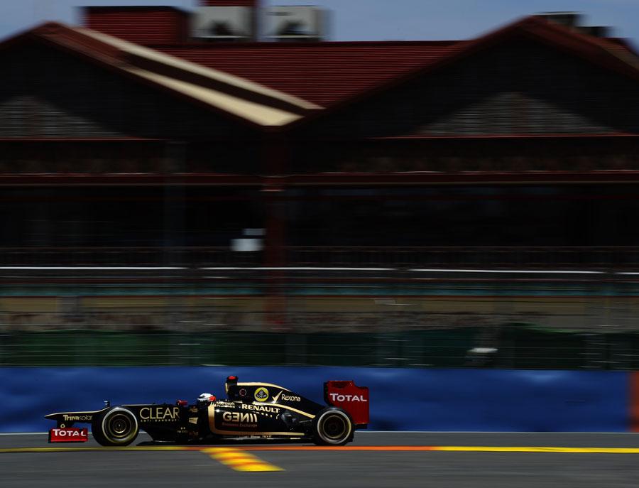 Kimi Raikkonen on track in the Lotus