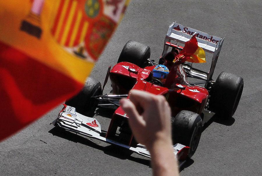 Fernando Alonso celebrates his victory