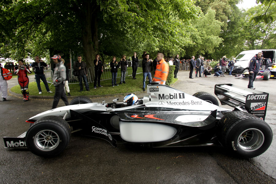 Nick Heidfeld heads out to the hill in the McLaren MP4/13