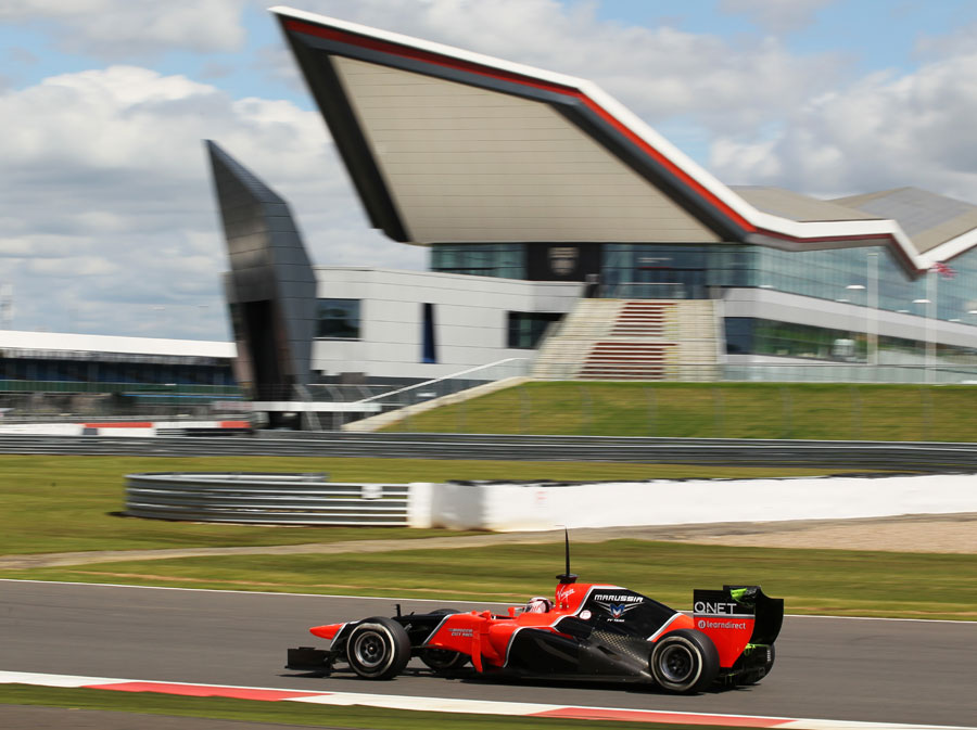 Max Chilton heads for Club corner