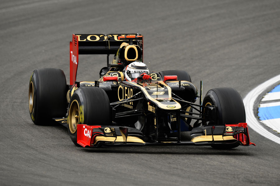 Kimi Raikkonen puts some mileage on Lotus' new upgrades