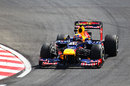 Mark Webber aims for an apex on medium tyres