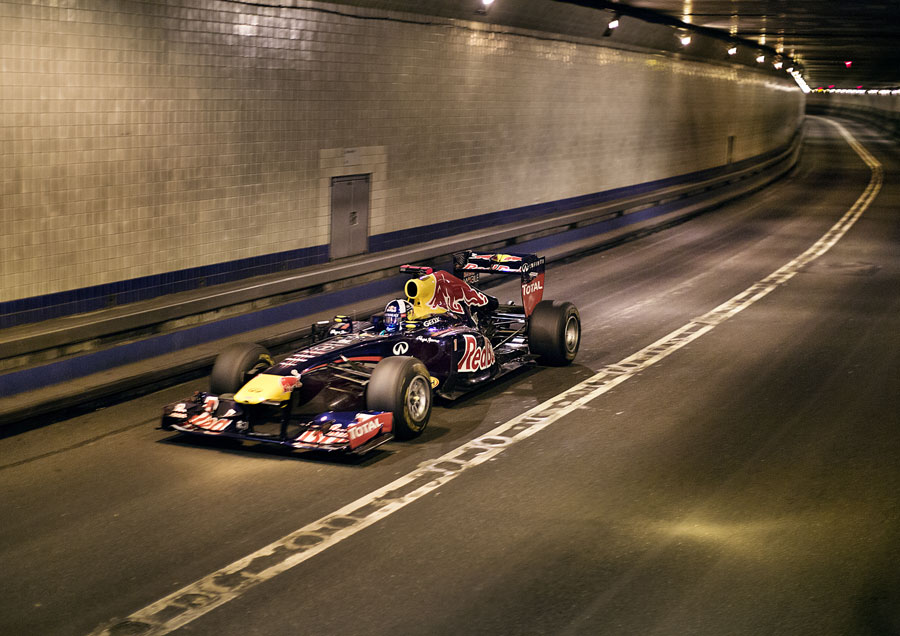 David Coulthard speeds through the Lincoln Tunnel on a Red Bull show run