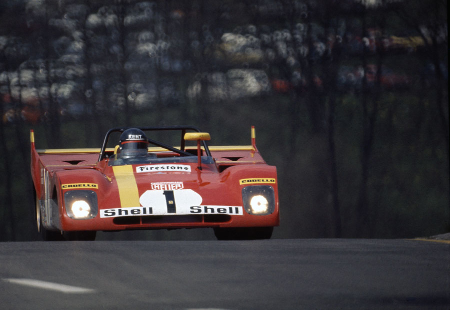 Jackie Ickx in the Ferrari 312PB crests the hill at Raidillon