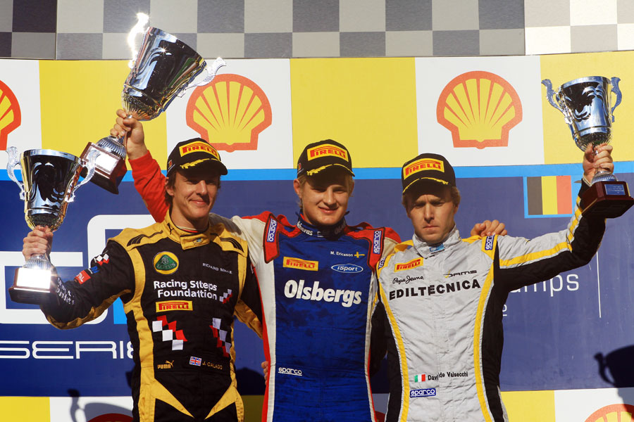 Marcus Ericsson celebrates victory in the feature race ahead of James Calado and Davide Valsecchi