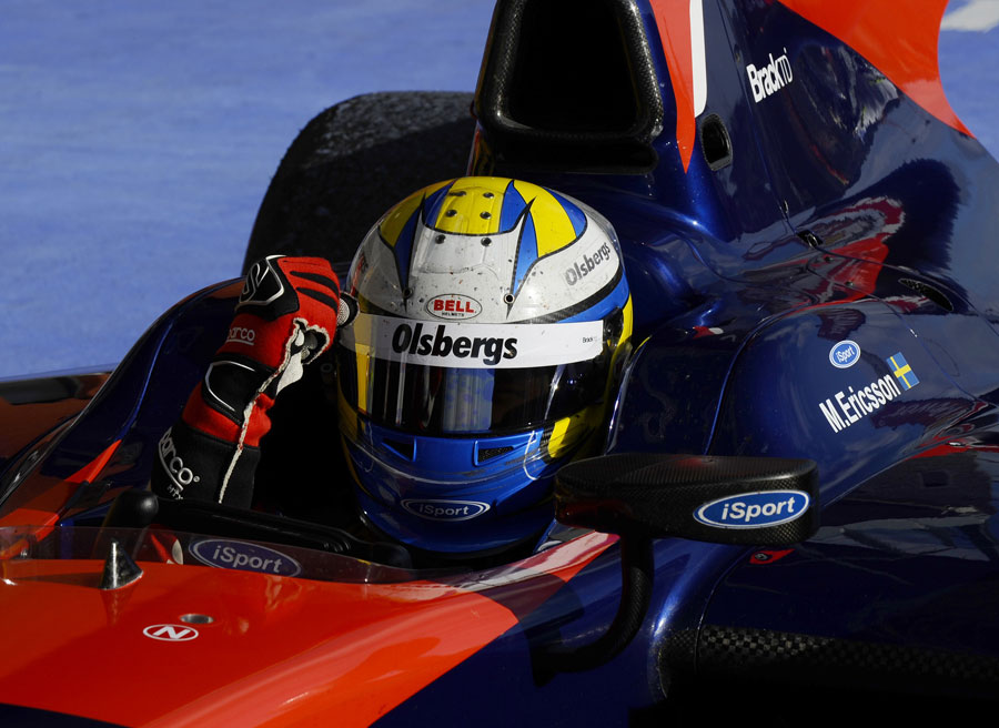 Marcus Ericsson celebrates victory in the feature race