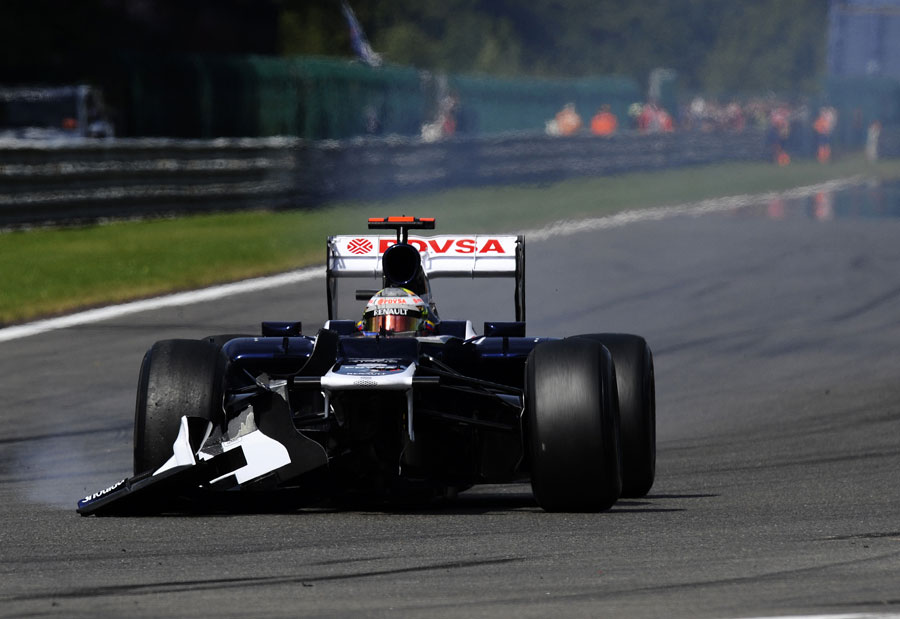 Pastor Maldonado retires with front wing damage